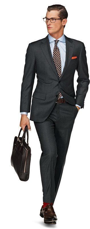 Как подобрать туфли к костюму, темно-серный костюм