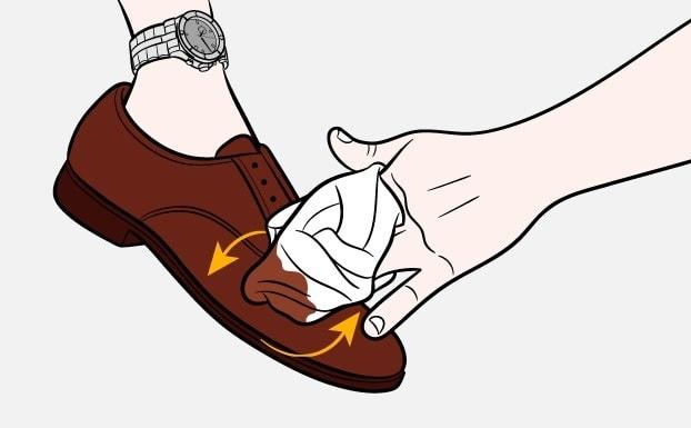 Как почистить обувь-Шаг-3