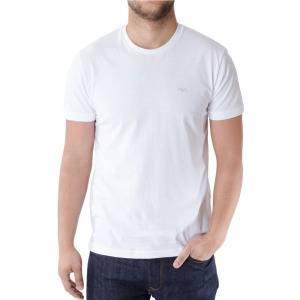 Белая футболка с круглым воротником