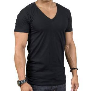 Черная футболка с v-обратным воротником