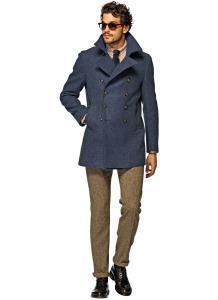 Мужское двубортное пальто голубого цвета