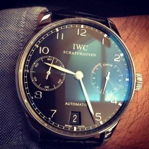 Повседневные мужские часы