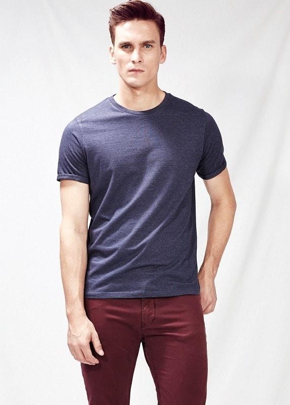 Сиреневая casual футболка