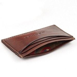 Тонкий бумажник коричневого цвета