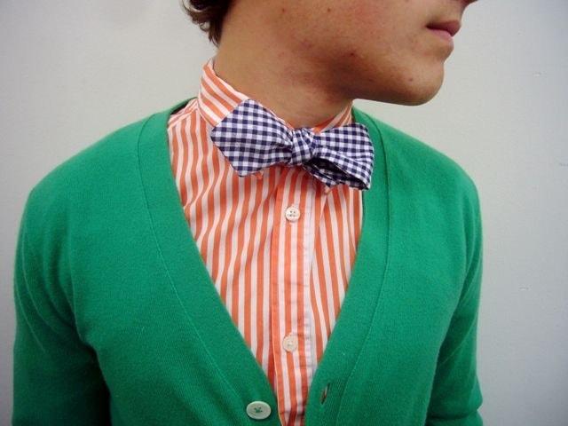 Сочетание зеленого, оранжевого и фиолетового цвета