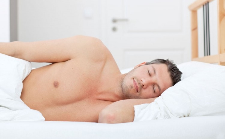 Спите не менее 8 часов, чтобы борода росла быстро