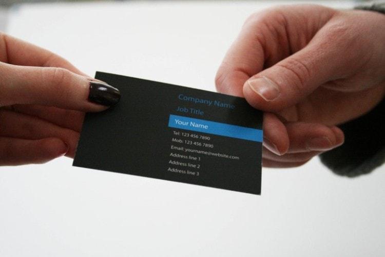 Правила этикета передачи визитки