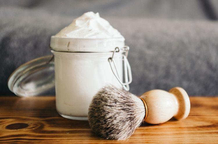Кстати, крем для бритья можно сделать в домашних условиях