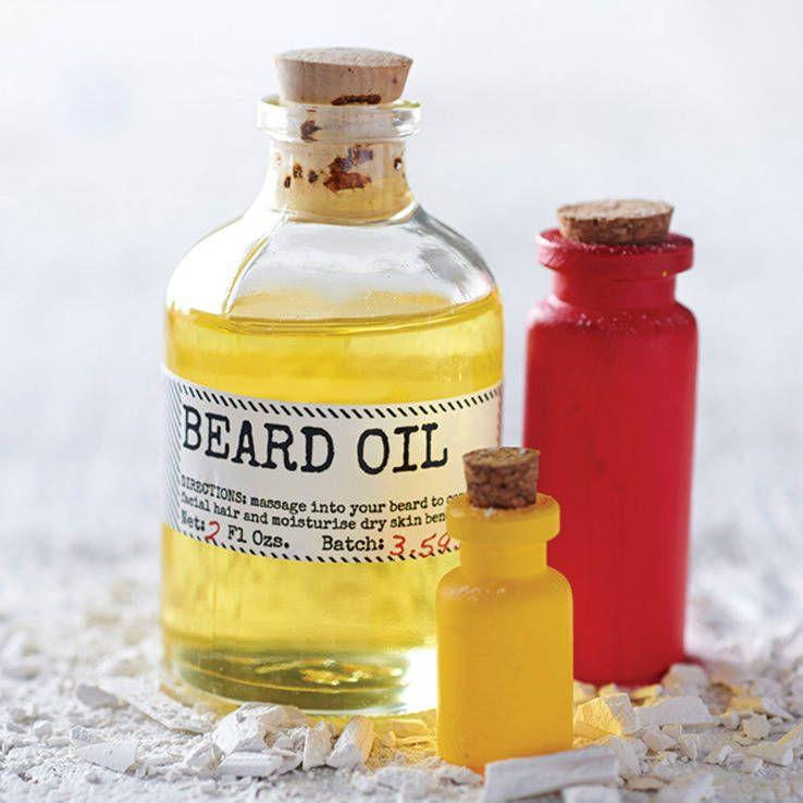 Масло для бороды обеспечивает увлажнение, питание, а также здоровье кожи, облегчает уход за бородой и усами
