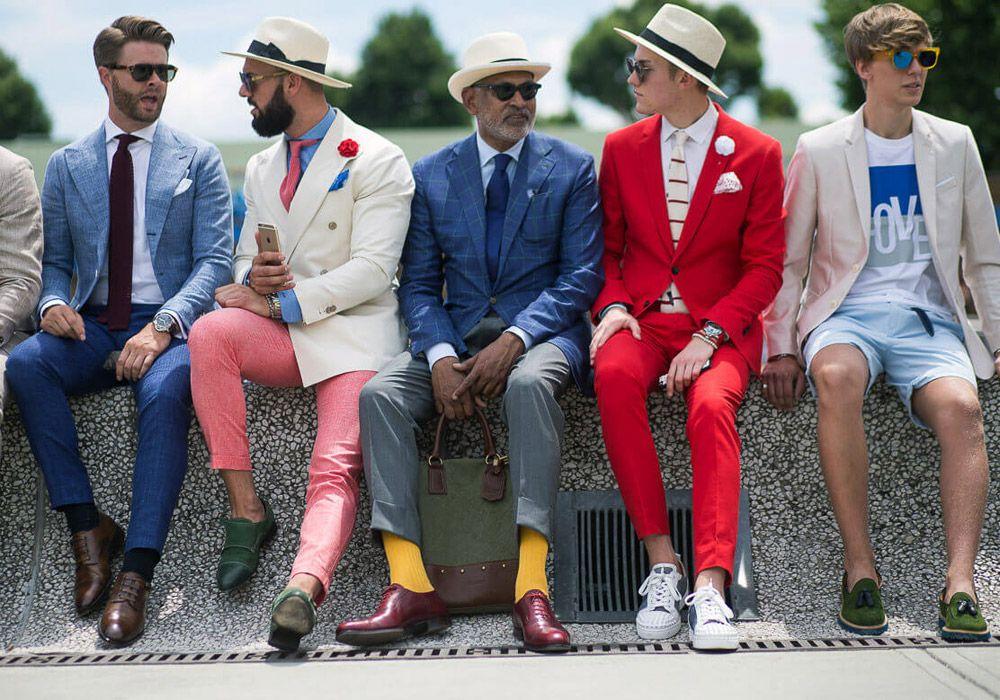 Стильные мужские комплекты одежды колоритных цветов - выбирайте вариант по душе