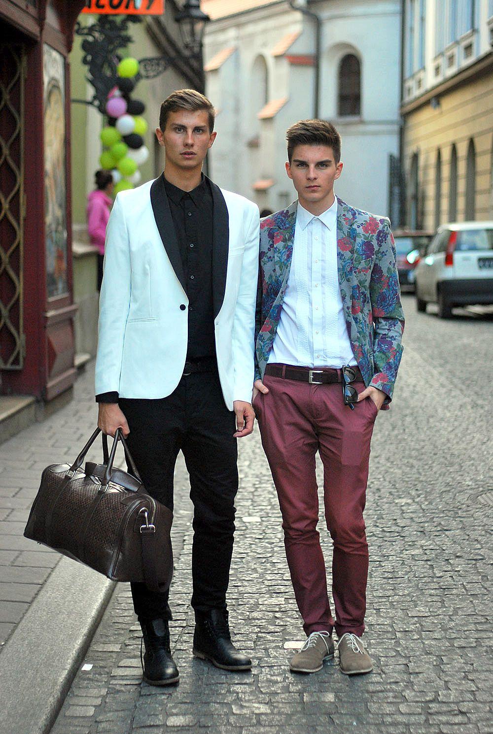 Один из вариантов использования брюк чинос в наряде для торжеств