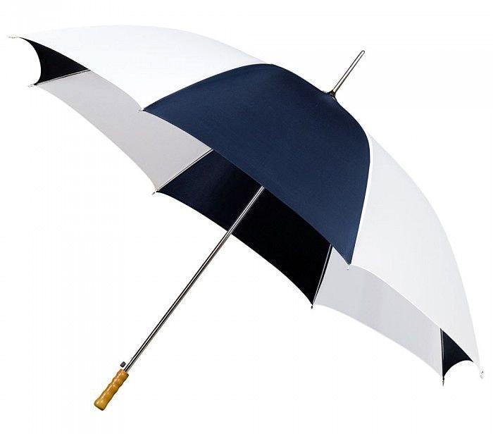Желательно, чтобы зонт для гольфа всегда был с вами в поездке на очередную игру