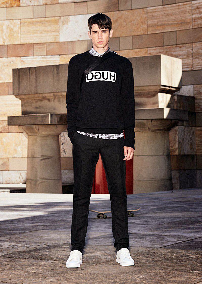 Молодежный наряд для мужчин прогрессивной линии HUGO создана для истинных трендсеттеров