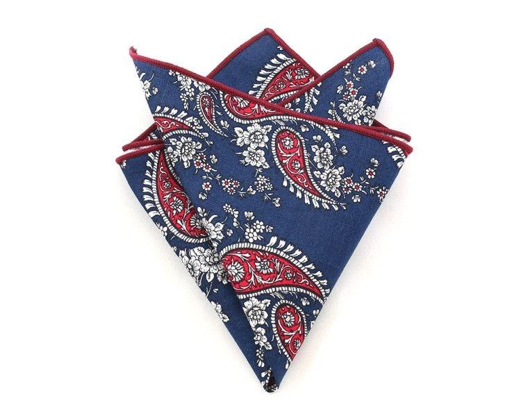 Что подарить мужчине на Новый год - нагрудный платок с узором пейсли для пиджака подчеркнет его изысканный вкус