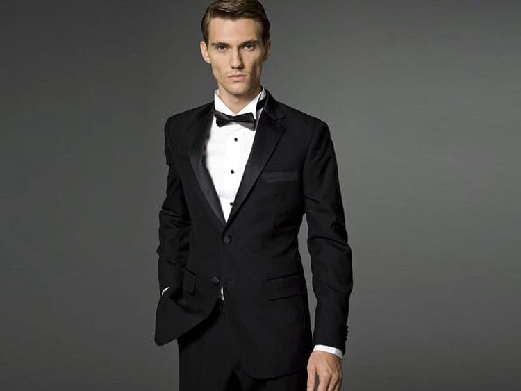 Дресс-код Black Tie - все еще официальный, но менее торжественный, чем White Tie
