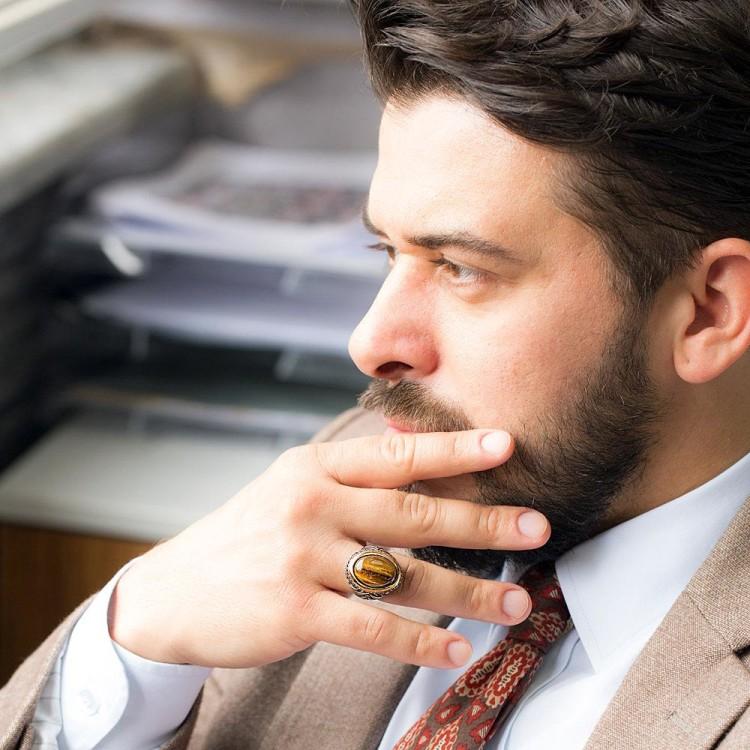 Кольцо подчеркнет изысканность мужского образа