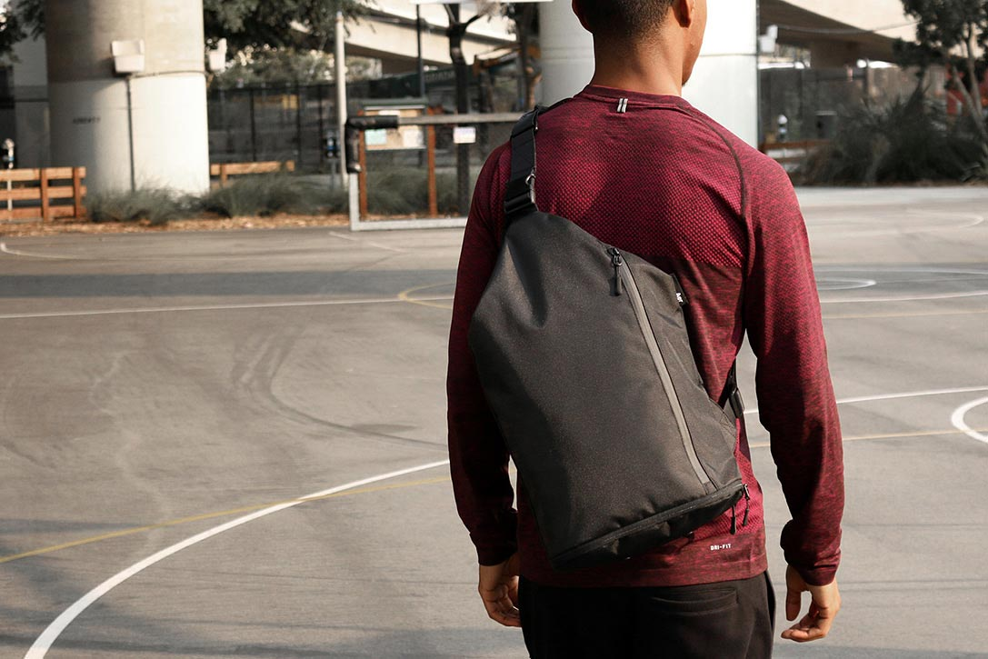 ... городских джунглях Мужской рюкзак небольшого размера отлично подойдет  для спортивного или уличного стиля в одежде 7c7cc0de848