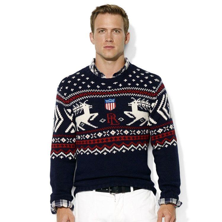Вязаный свитер с оленями согреет вас даже в самый холодный зимний день