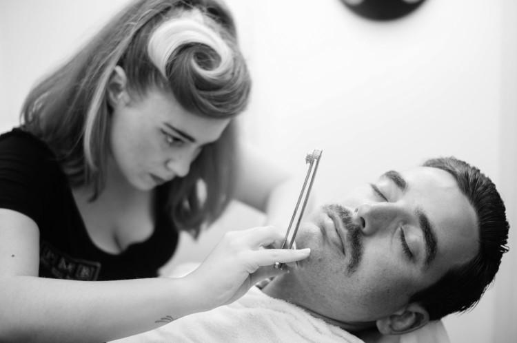Важно заслужить доверие у твоей девушки, когда ты начнеш отращивать бороду