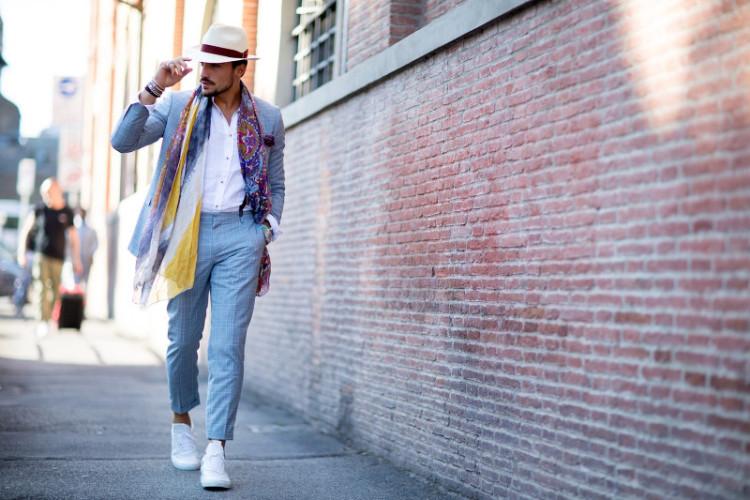 Кеды для повседневной носки можно поискать в магазинах любимой марки одежды
