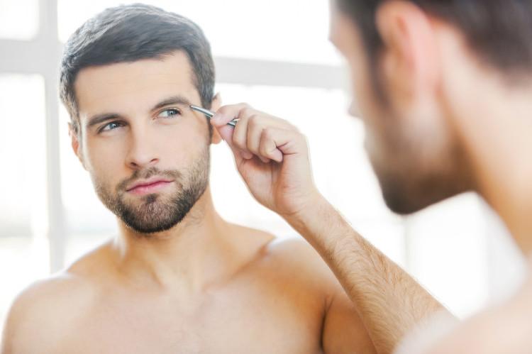 Именно мтеросексуалы - главные потребители косметических средств для мужчин