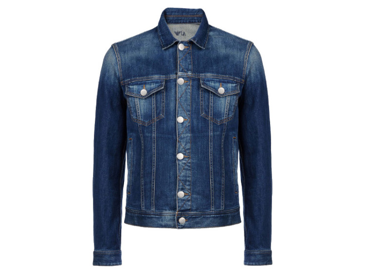 Короткая куртка из синего денима - вечная классика