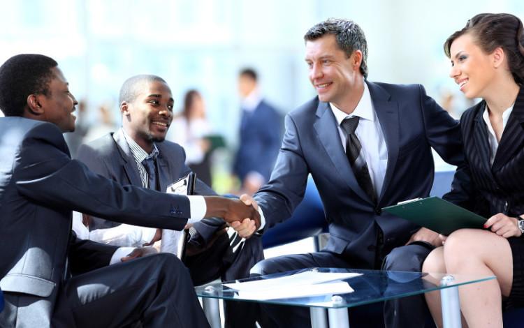 Общение с интересными людьми - лучший источник вдохновения для карьерных свершений