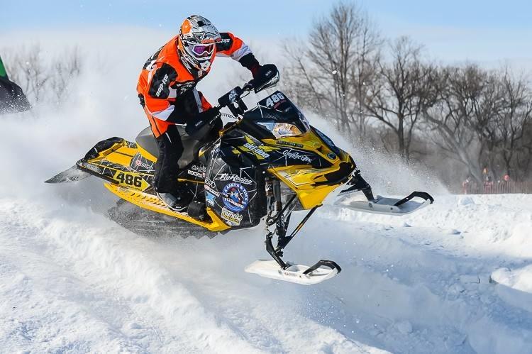 Если говорить о спортивных приключениях, лучше выбирать зимние виды активности, чтобы не ждать несколько месяцев