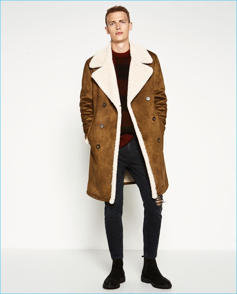 599ae7f3e32 Отличным вариантом на каждый день станет короткая дубленка-куртка. Если она  имеет прямой силуэт