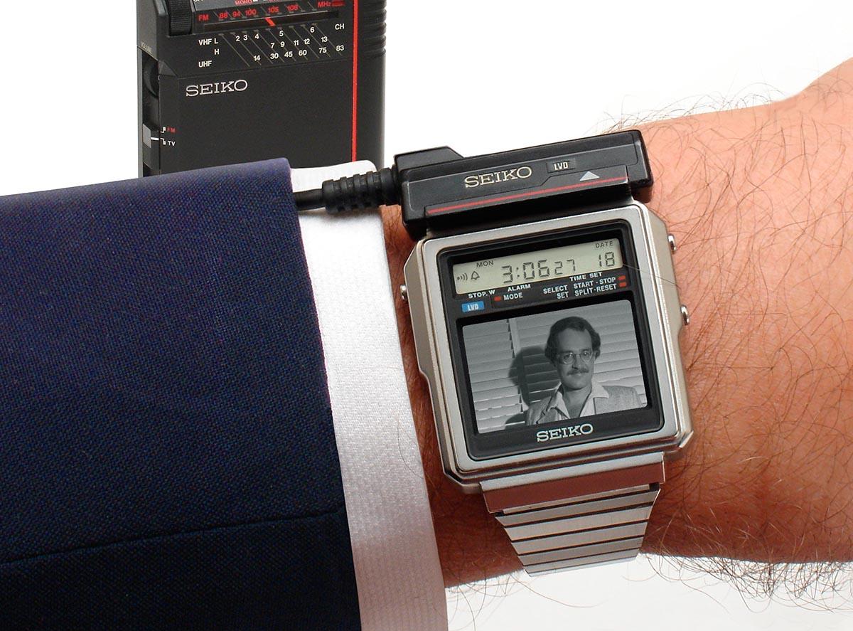 Умные часы с телевизором от Seiko