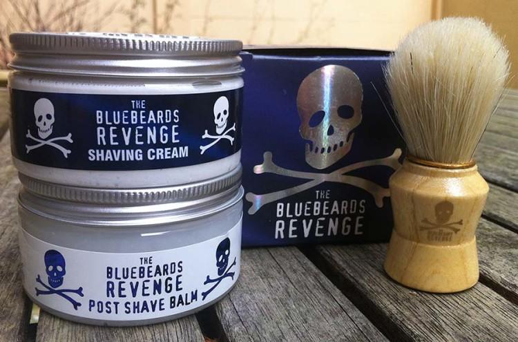 The Bluebeards Revenge предлагают помазки собственного производства из меха барсука и ворса кабана