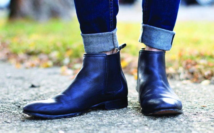 Самое главное не носите ботинки челси вот таким образом