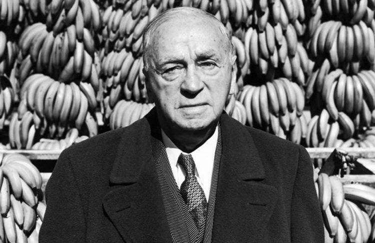 Сэмюэл Земюррэй родился в бедной еврейской семье в Кишиневе. Умер одним из богатейших людей Америки