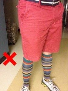 Не одевайте длинные носки с шортами