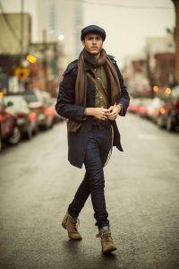 Мужчина с шарфом, обернутый один раз