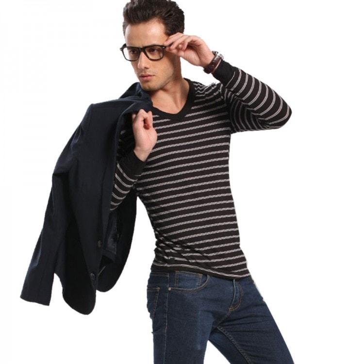Отдавайте предпочтение горизонтальным полоскам на одежде