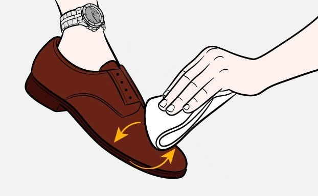 Как-почистить-обувь-Шаг-4-1