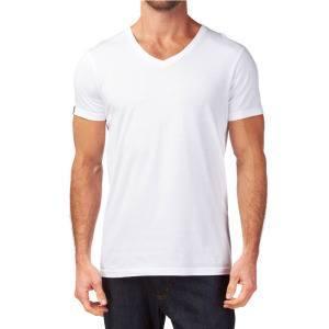 Белая футболка с v-обратным воротником