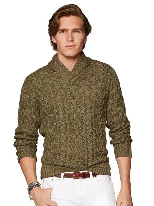 Фисташковый свитер с отложным воротником