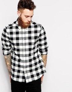 Клетчатая рубашка черно-белого цвета