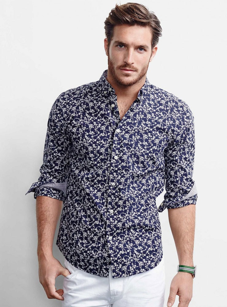 Как должна сидеть мужская летняя рубашка