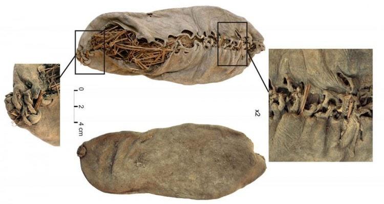 Древний мокасин, найденный в 2008 году в пещере на территории Армении