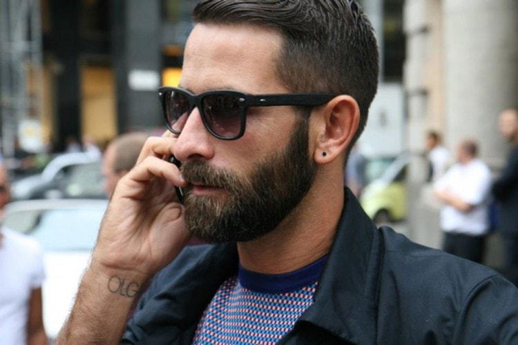 Мужчина со стильной бородой