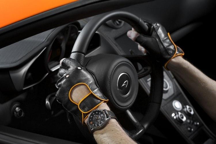 Мужские черные водительские перчатки