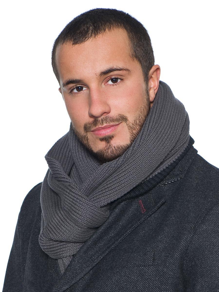 Темно-серый мужской шарф