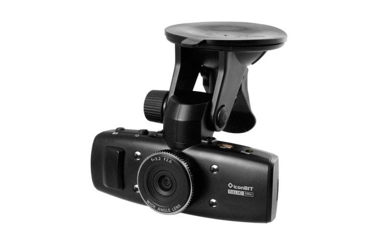 Видеорегистратор - полезный подарок для автомобилистов на Новый год