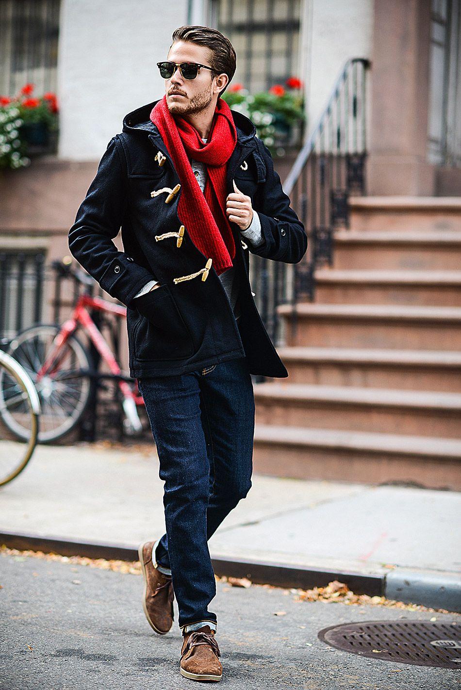 Смарт-кэжуал - это эффектная и практичная мужская молодежная одежда, в которой есть место ярким вещам