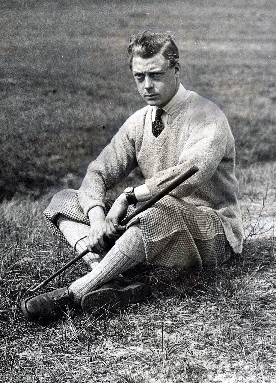 Традиционный мужской костюм для гольфа имеет суровый характер прохладного шотландского климата