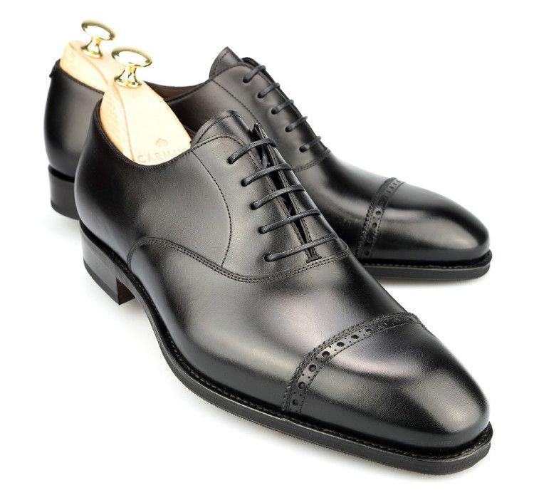 Cap Toe Oxford – самый распространенный вид, актуальный для строгого делового и black tie стилей