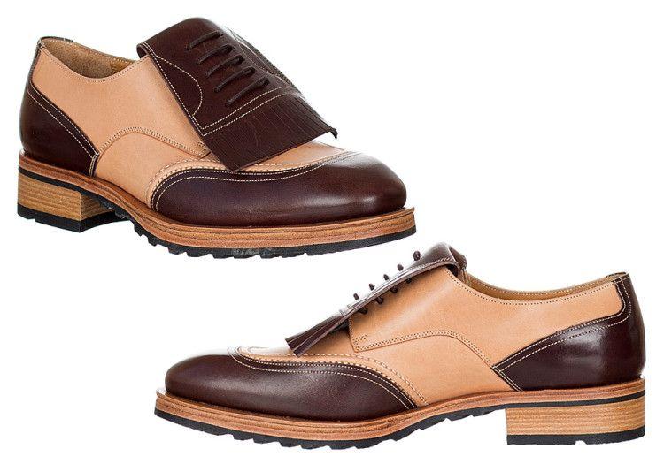 Kiltie Oxford - редкий вид оксфордских туфель, отличающийся наличием эффектной бахромы на язычке